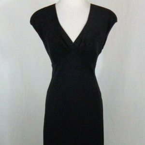 LBD JONES WEAR SZ 8 V NECK FLATTERING FIT
